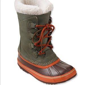 LL Bean Green Waterproof Snow Boots